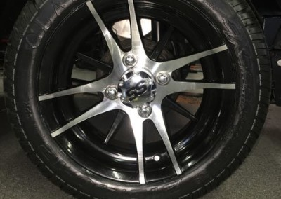 Machined w/Black wheels – Venom