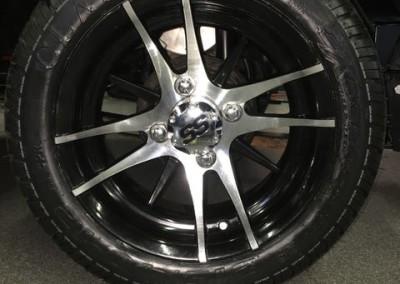 12″ Machined w/Black wheels – Venom